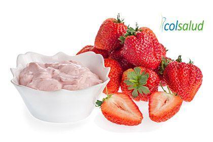 helado de yogurt de frutilla
