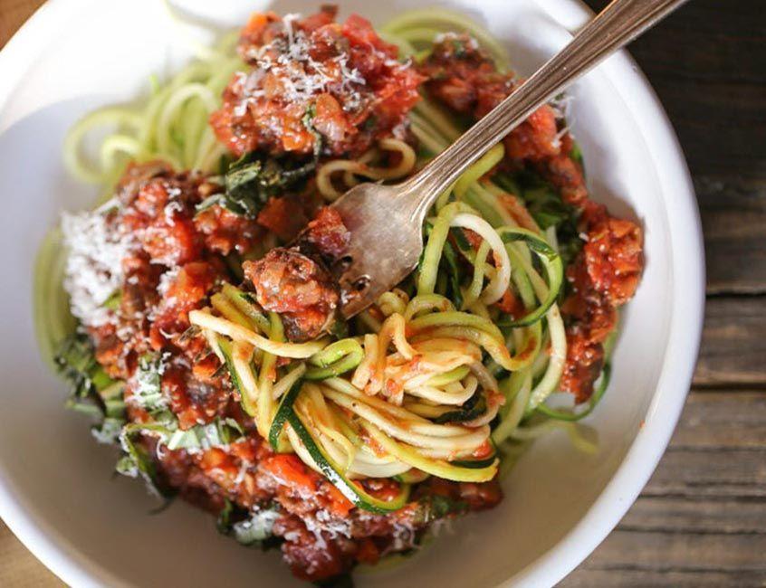 spaghetti de zapallo italiano o tallarines de zapallo italiano