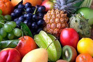 Variedad de frutas enteras