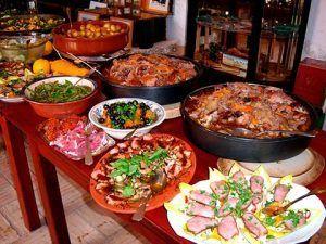 recomendaciones para evitar subir de peso durante fin de año - buffet