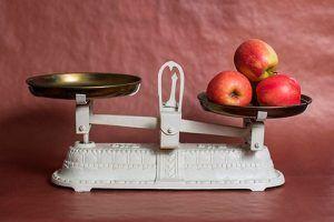 recomendaciones para evitar subir de peso durante fin de año - porcionar alimentos