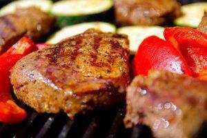 recomendaciones para evitar subir de peso durante fin de año - proteina