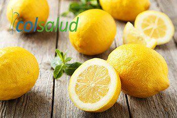 Limones Frescos partidos para Batido Verde Detox y Digestivo