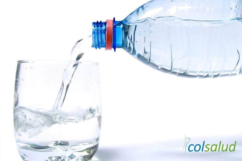 deberias-beber-agua2