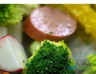 vegetales y salchicha