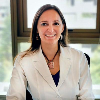 Dra Angela Reyes - Equipo Médico - Colsalud